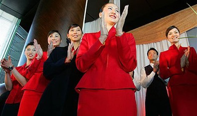 Cathay-Pacific-flight-attendants2